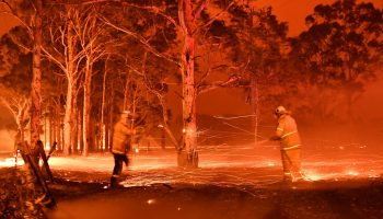 Australia Bushfires firefighters in midst